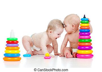 två, litet, barn spela