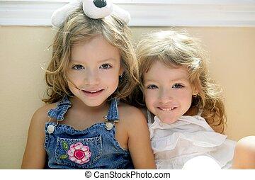 två, litet, vacker, liten knatte, tvilling, sisters