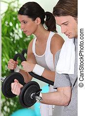 två, ungdomar, gör, fitness