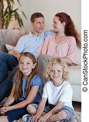 tv, dépenser, temps, devant, famille