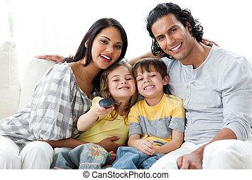 tv, família, vivamente, junto, observar