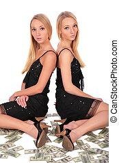 tvilling flickor, dollars, sittande
