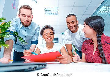 twórczy, brainstorming, młodzież