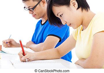 twee, jonge, scholieren, leren, samen, in, klaslokaal
