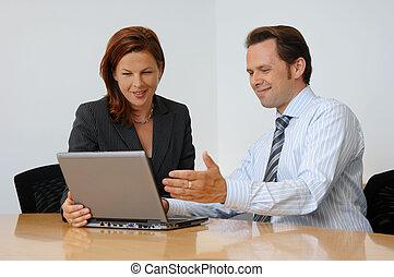 twee mensen, hebben, een, commerciële vergadering
