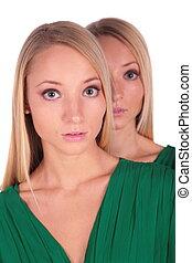 tweeling, girls., kijk achter