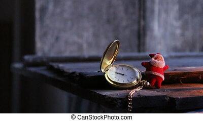 twelve o'clock idea. - twelve o'clock idea, Santa Claus and...