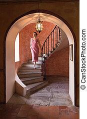 Twenties lady on stairs
