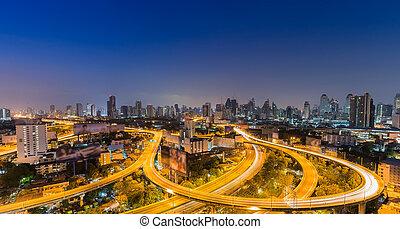 Twilight of main express way