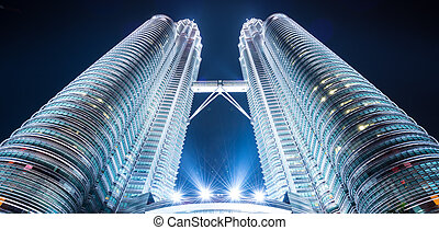 Twin towers, tallest buildings in malaysia
