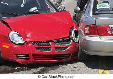 Two car crash 1 - Two cars meet in the center turn lane ,3 ...