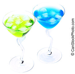 Two cocktails with ice
