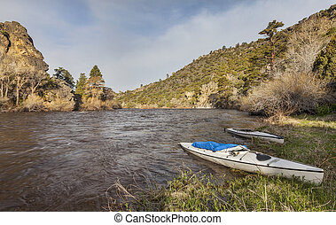 canoes on North Platte River - two decked expedition canoes ...