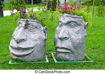 Two heads - flowerpots in Brest, Belarus