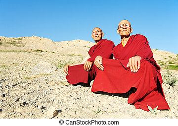 Two Indian tibetan monk lama - Two Indian tibetan old monks...