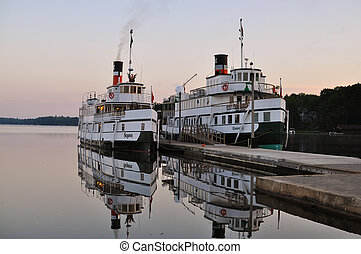 Two old ships in the harbor - Two old ships in the...