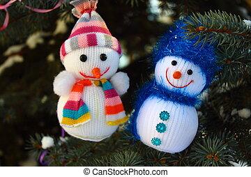 Two snowman Christmas tree