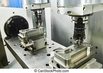 two spindel CNC milling machine at simultaneous metal...