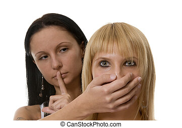 two women portrait - request about the behaviour of the...