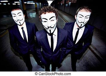 types, masqué