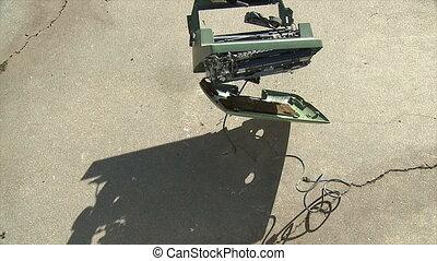 Typewriter Bounces