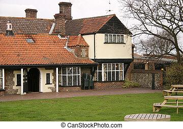 English Village Inn