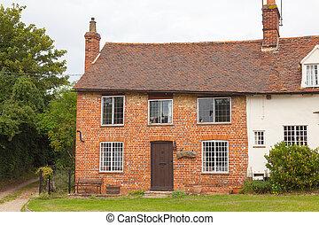 Maison typique anglaise images de stock rechercher des for Maison anglaise typique plan