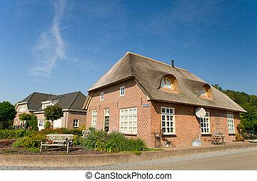 typisch, hollandse, landbouwbedrijfhuis