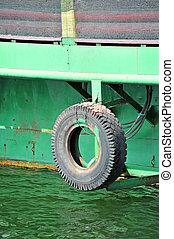 Tyre as fender on pier