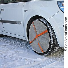 tyres by car instead of socks to use snow chains