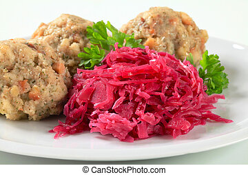 Tyrolean dumplings with red kraut - German bread and bacon ...