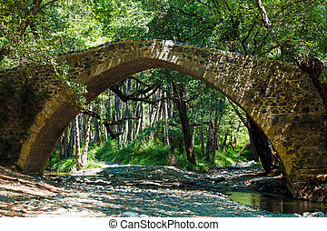 tzelefos venetians Bridge in Trodos, Cyprus - Famous ...