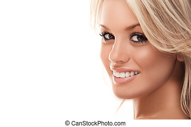 uśmiechanie się, blondynka