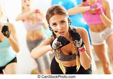 uśmiechanie się, grupa, aerobics, ludzie