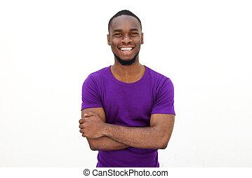 uśmiechanie się, młody mężczyzna, w, purpurowy, t-shirt