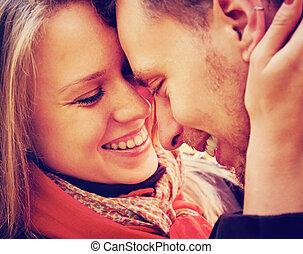 uśmiechanie się, miłość, para