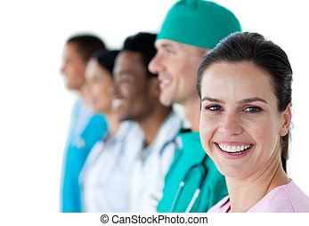 uśmiechanie się, samiczy doktor, z, jej, koledzy