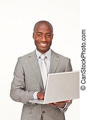 uśmiechanie się, używając, afro-amerikanka, laptop, biznesmen