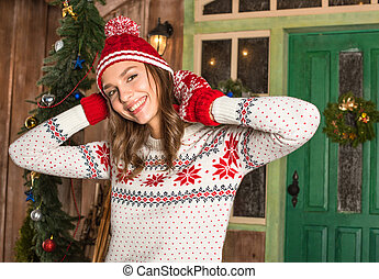 uśmiechnięta kobieta, kapelusz, rękawice