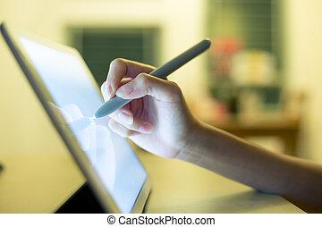 używając, kobieta, komputer, tabliczka