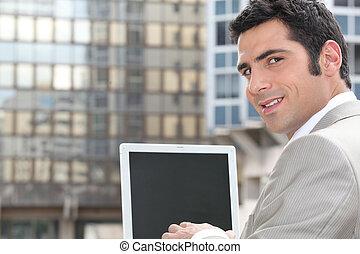 używający laptop, biznesmen, ekran, czysty