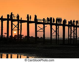 U Bein bridge at sunset in Amarapura near Mandalay, Myanmar...