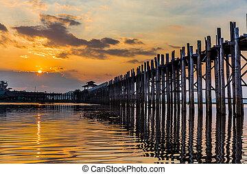 U Bein Bridge Taungthaman Lake Amarapura Myanmar - U Bein...