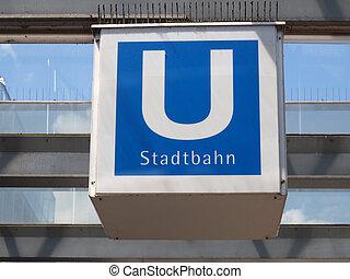 Ubahn sign