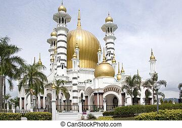 Ubudiah Mosque built in 1913. Located at Kuala Kangsar, Perak, Malaysia.