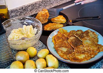 ucranio, proceso, deruny, papas, cocina, tradicional, ...