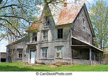 uczęszczany dom