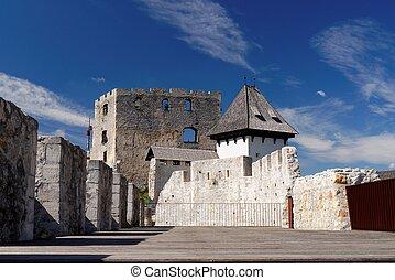 udvar, slovenia, bástya, középkori, celje