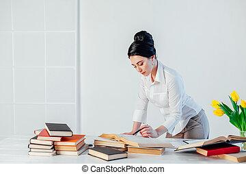 ufficio affari, cartelle, segretario, sedere, carta, ragazza
