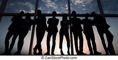 ufficio, affari, growth., standing, pieno, squadra, finestra